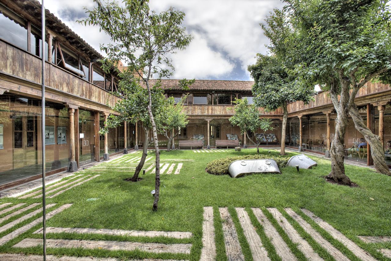 Correa EstÇvez Arquitectura - Biblioteca Insular Adri†n Aleman 02.JPG