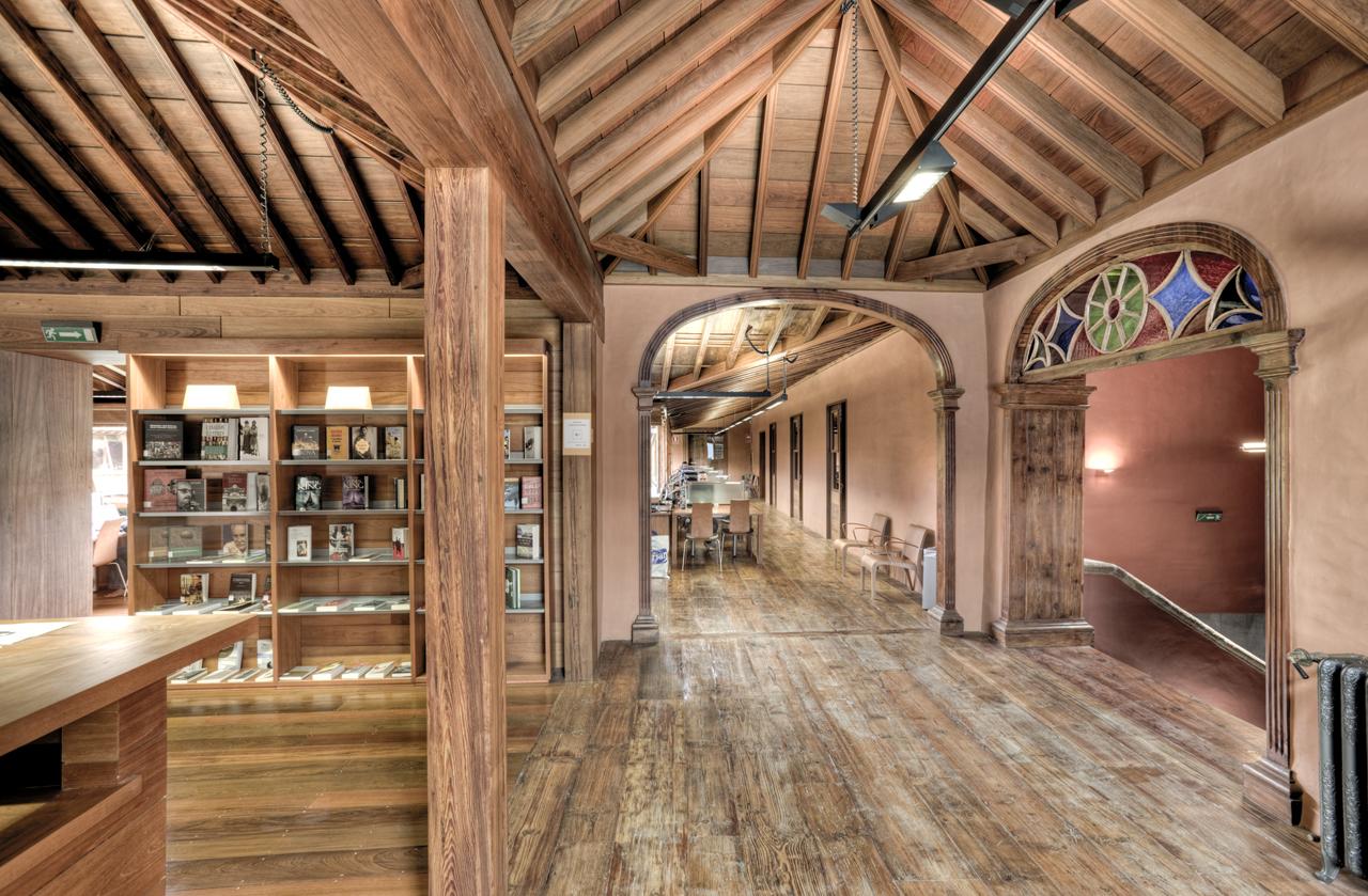 Correa EstÇvez Arquitectura - Biblioteca Insular Adri†n Aleman 05.JPG