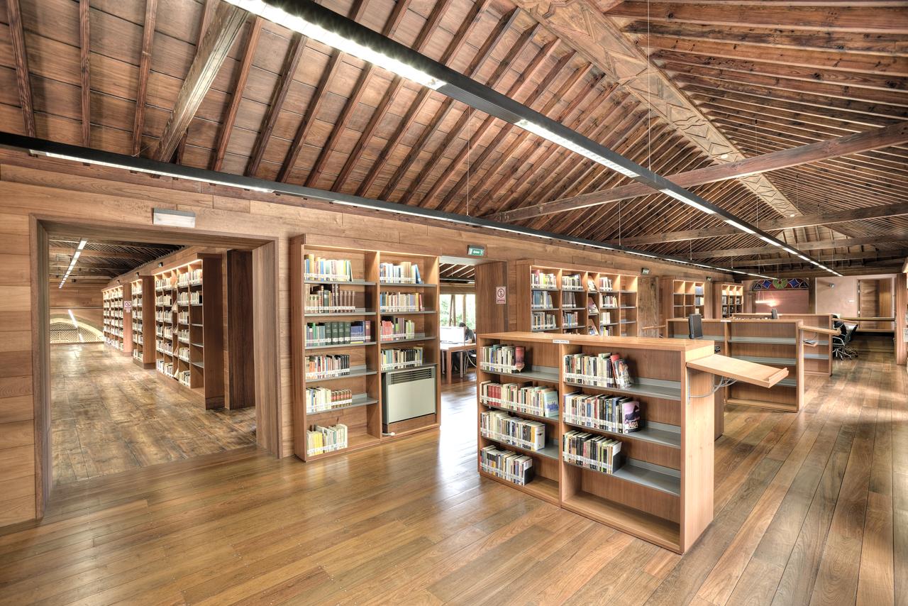 Correa EstÇvez Arquitectura - Biblioteca Insular Adri†n Aleman 06.JPG