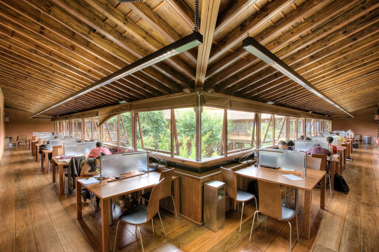 Correa EstÇvez Arquitectura - Biblioteca Insular Adri†n Aleman 07.JPG