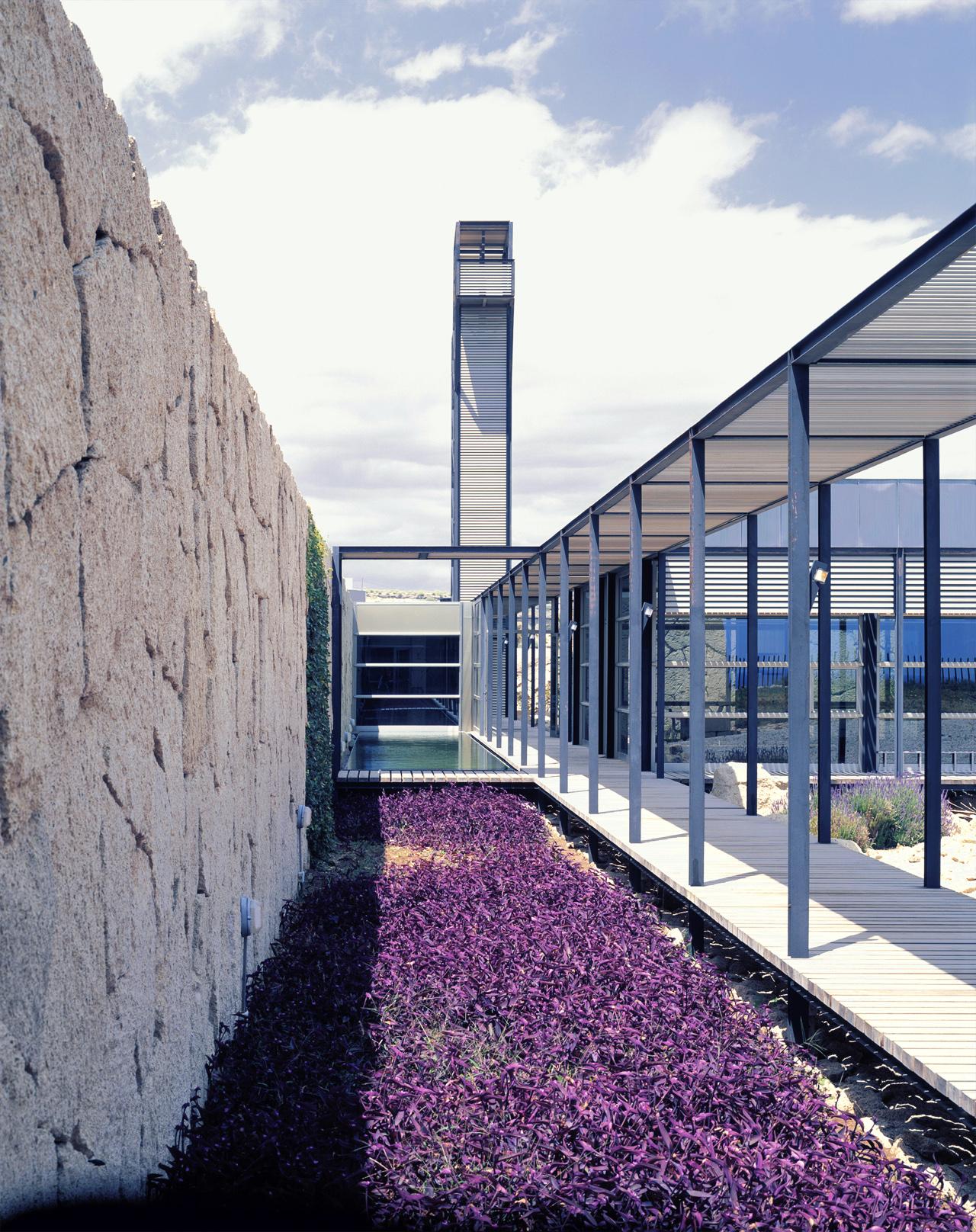 Correa + Estevez Arquitectura - Poligono de Granadilla 07.jpg