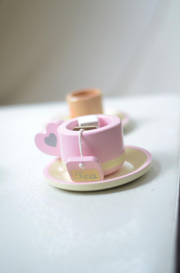 pink-tea-set.jpg