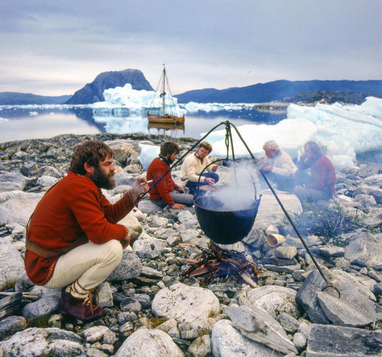 1984: Strandhogg med saga siglar, grønland