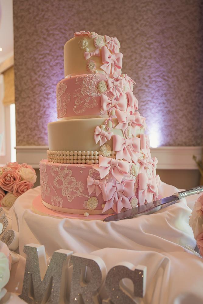 Vienna Woods Hotel Glanmire Co Cork Wedding Cake