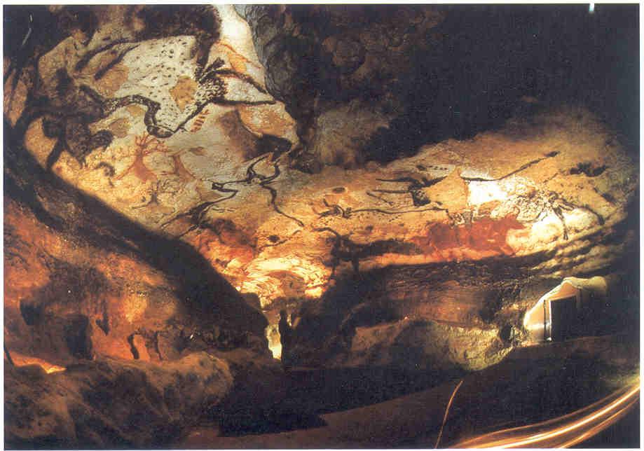 Altamira-Bull Gallery.jpg
