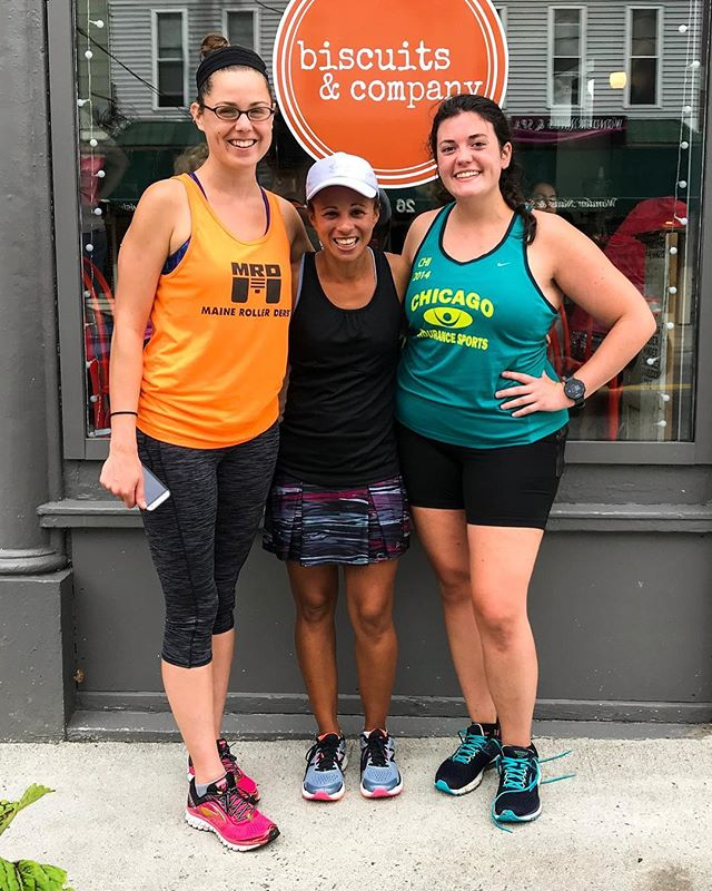 Teamwork makes the dream work! 🎉 // Shoutouts due after @s_helen and @mainegirl2runs ran a point to point 18 miler from Portland to Biddeford, with an A+ post-run fuel choice! @hannaah_d hopped in for support miles on the back end. Nice work! 👏 #thickquadsquad #marathontraining . . . #runnerscommunity #runfam #yourquadslookgreat #highfivesgoodvibes #runclub #rungroup #runsquad #runcrew #mainerunning #mainemarathon #mymainemarathon