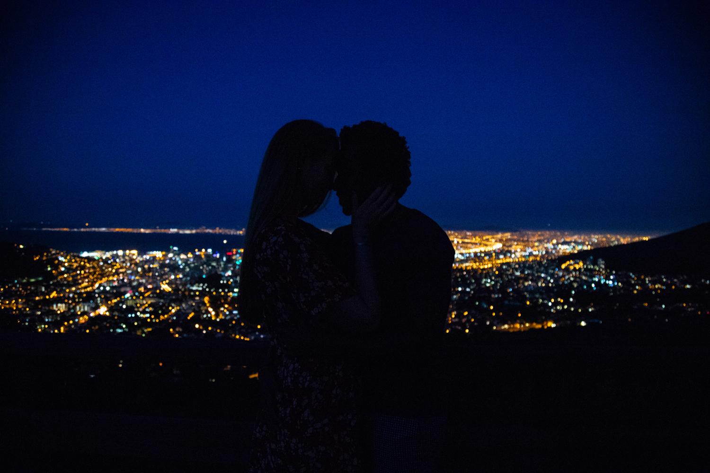 table mountain couples photo shoot-44.jpg