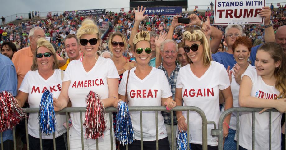 rs-trump-crowd.png