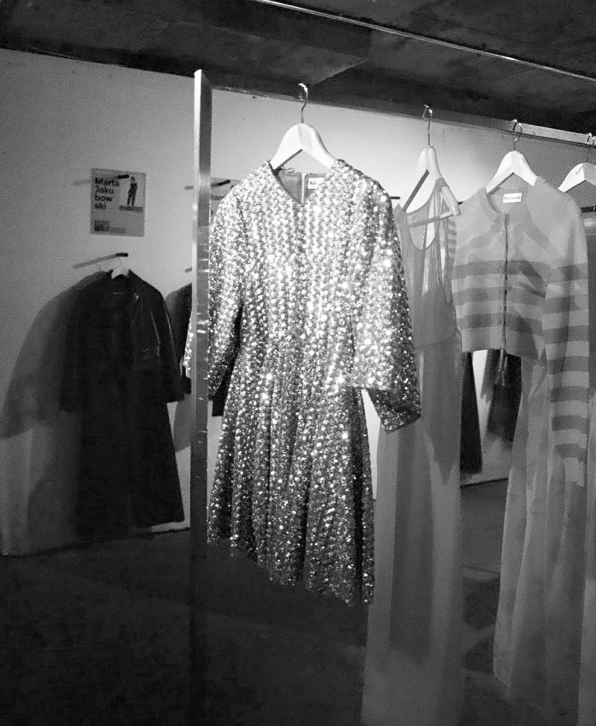 molly-goddard-ss18-dress-bw.png