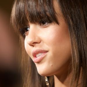 Jessica Alba olive.jpg