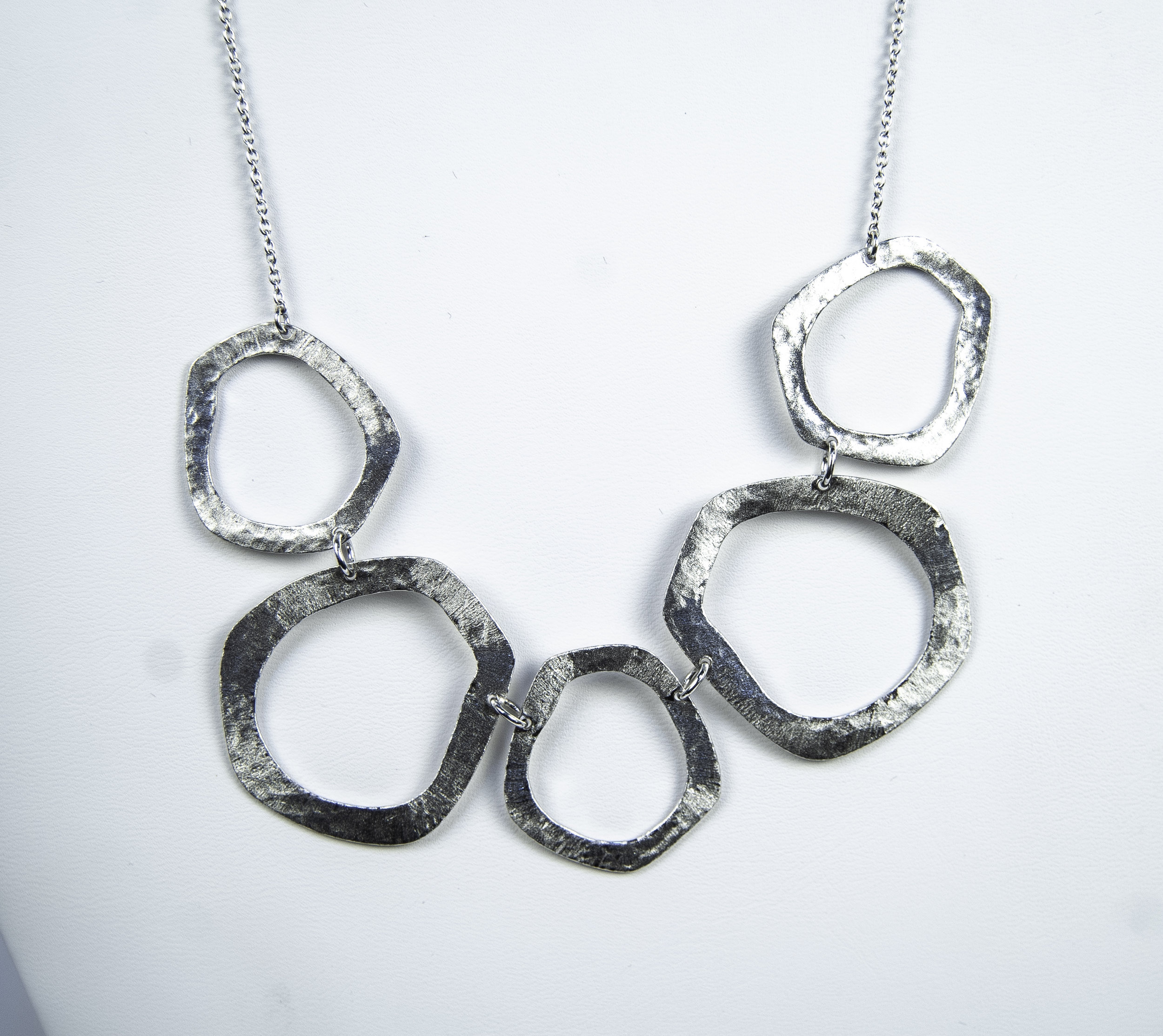 665-555   Pure Silver 95.8% Florentine 5 Ring Necklace Length 18 $363.00