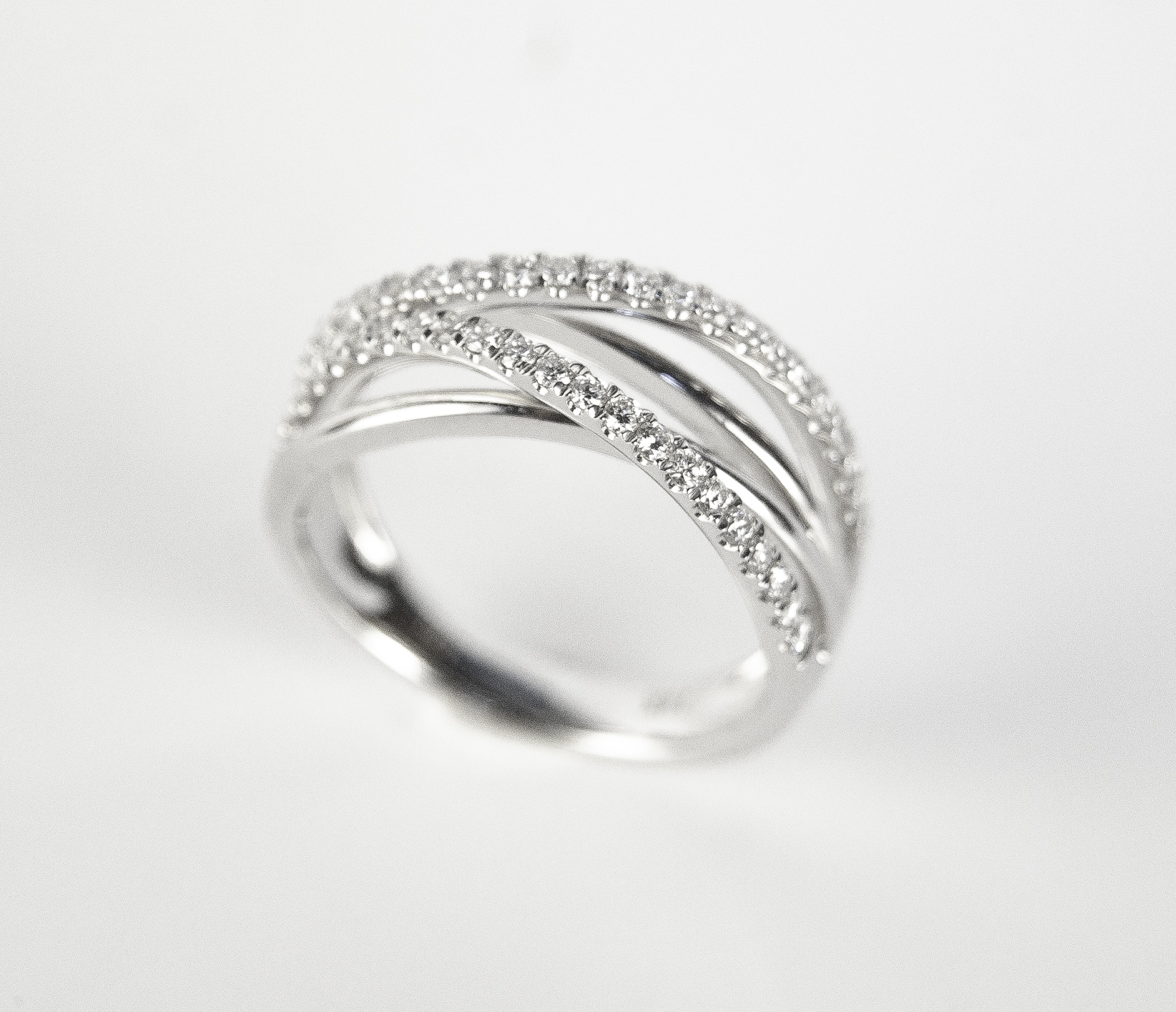 130-289   14 Karat White Gold Fashion Ring Size 6.5 With 0.40Tw Round Diamonds $1,650.00