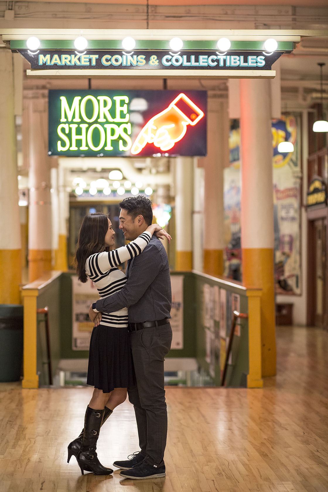 Pike Place Seattle Engagement Photography
