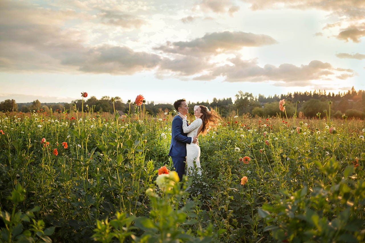 Woodland Meadow Farms Snohomish Wedding Photography by Entwined