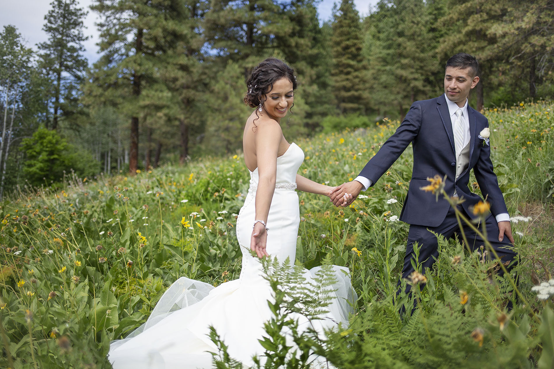 Leavenworth Wedding Photographers Entwined Weddings PNW Seattle Photography