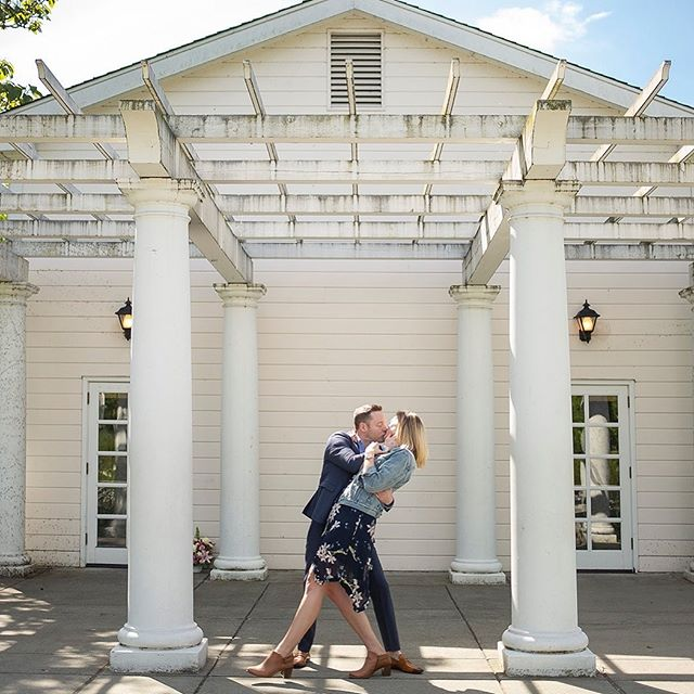 Beauty, symmetry, sunshine ☀️ . . . . #seattlephotographer #seattleweddingphotographer #weddingphotography #engaged #engagedinseattle #seattlewedding #seattlebride