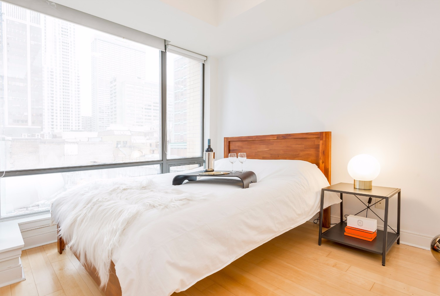 furnished apartments toronto Bedroom