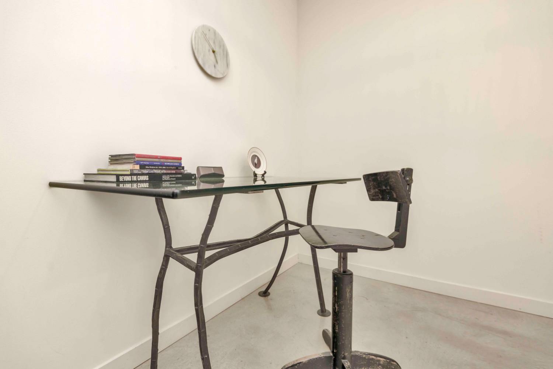 short term furnished rentals toronto Fashion District computer work desk