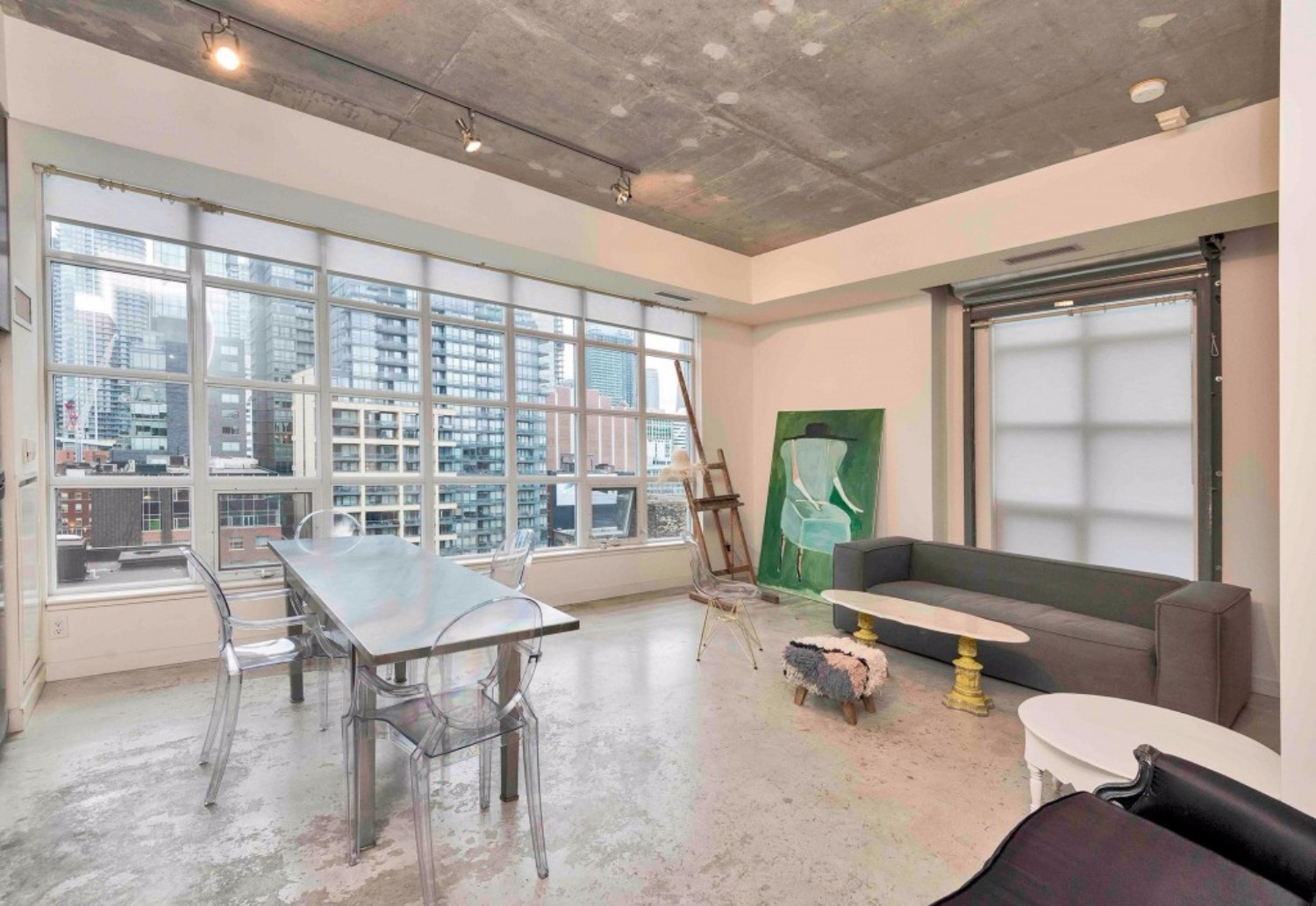 short term furnished rentals toronto downtown  Fashion District concrete floors