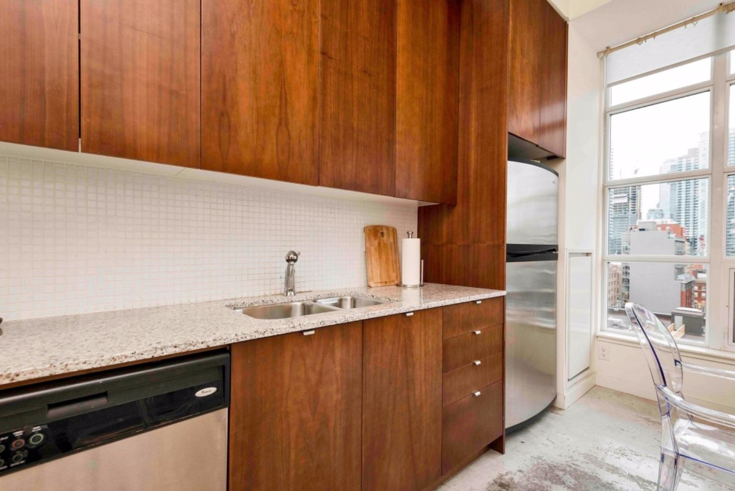 short term furnished rentals toronto downtown Fashion District Kitchen