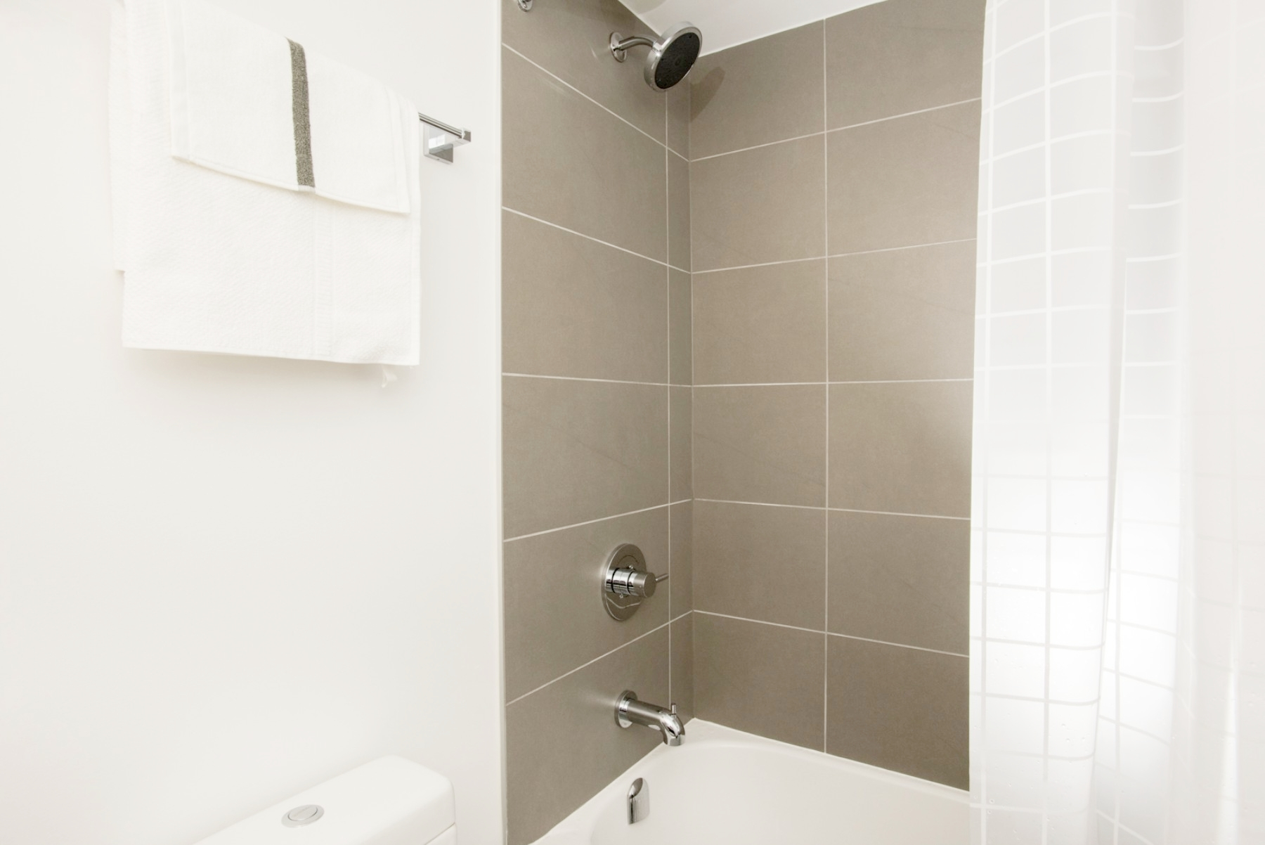 Yorkville Luxury Furnished Condo - Shower