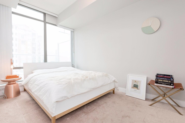 Yorkville Grand Condo - Bedroom, Carpet