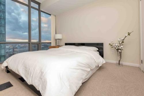 Copy of short term rentals toronto furnished apartments bedroom