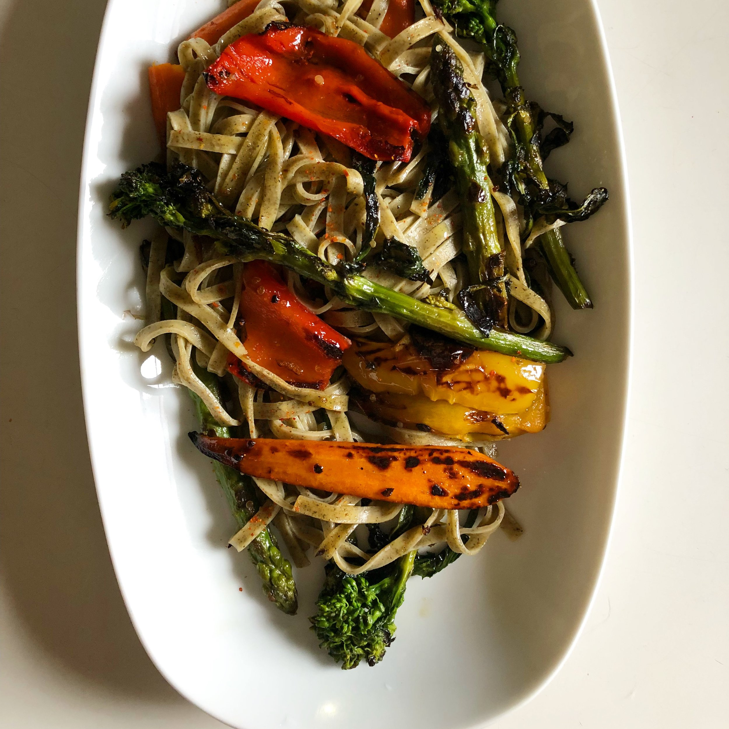 Basil pasta with grilled vegetables