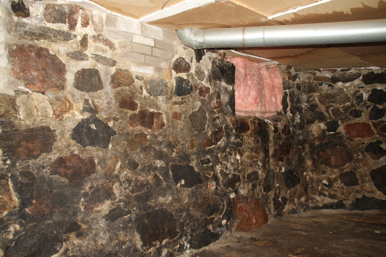 May-basement-wall.2JPG-copy.jpg