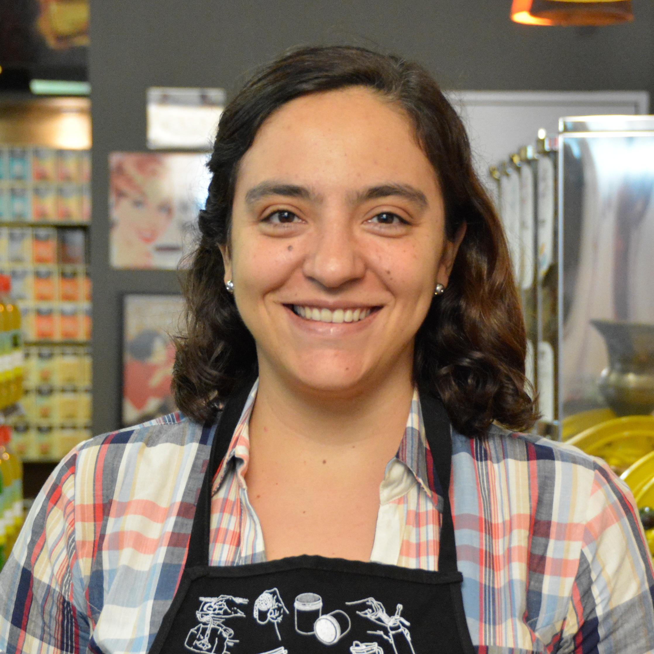 Sylvia Gutierrez, Amcee
