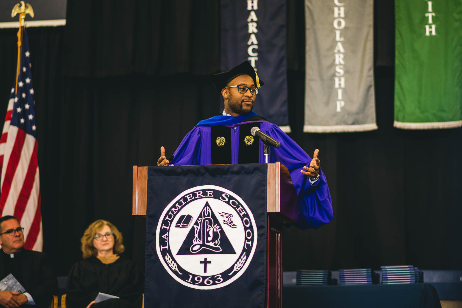 Dr. Nicholas Pearce, an award-winning clinical professor of management and organizations at Northwestern University and Assistant Pastor of Chicago's historic Apostolic Church of God, delivered the keynote address at La Lumiere's 52nd Commencement.