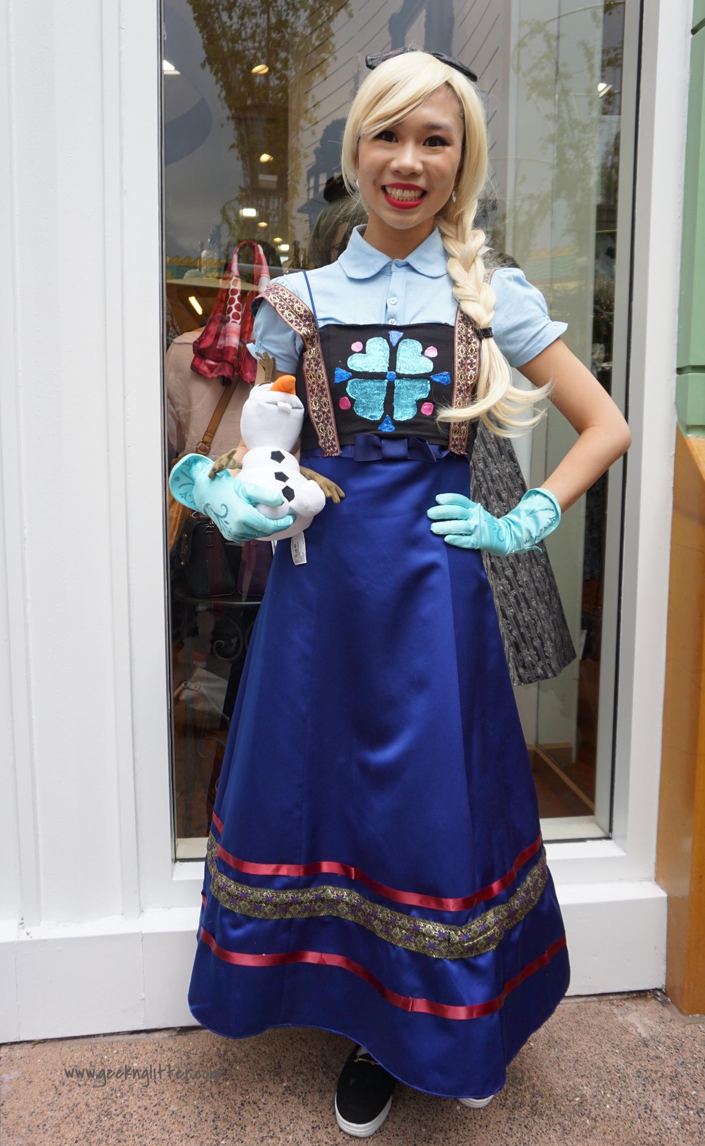 Amanda as Elsa (IG: Princess_Amanda_Mei)