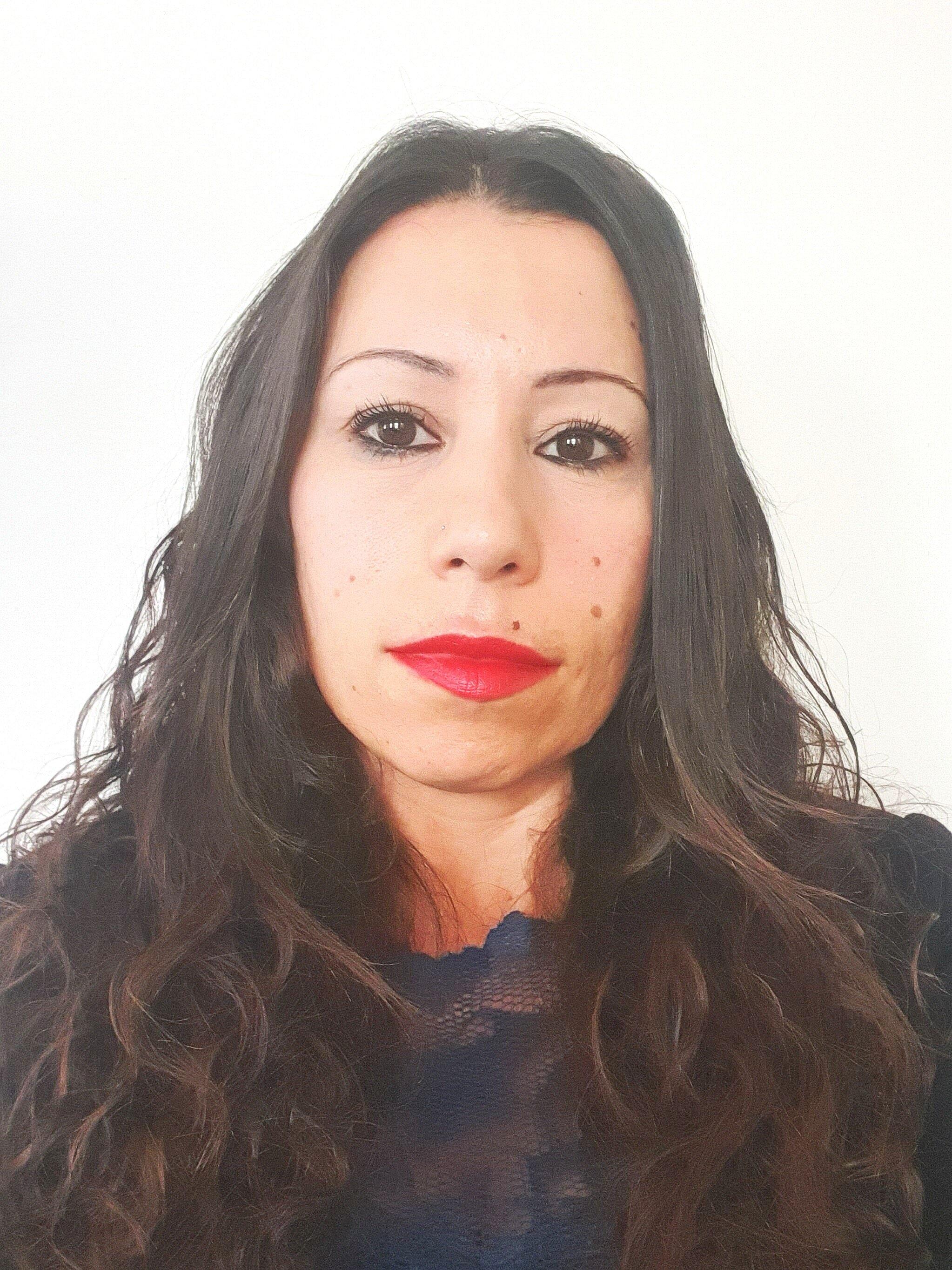 Konstantina - Online Therapist UK