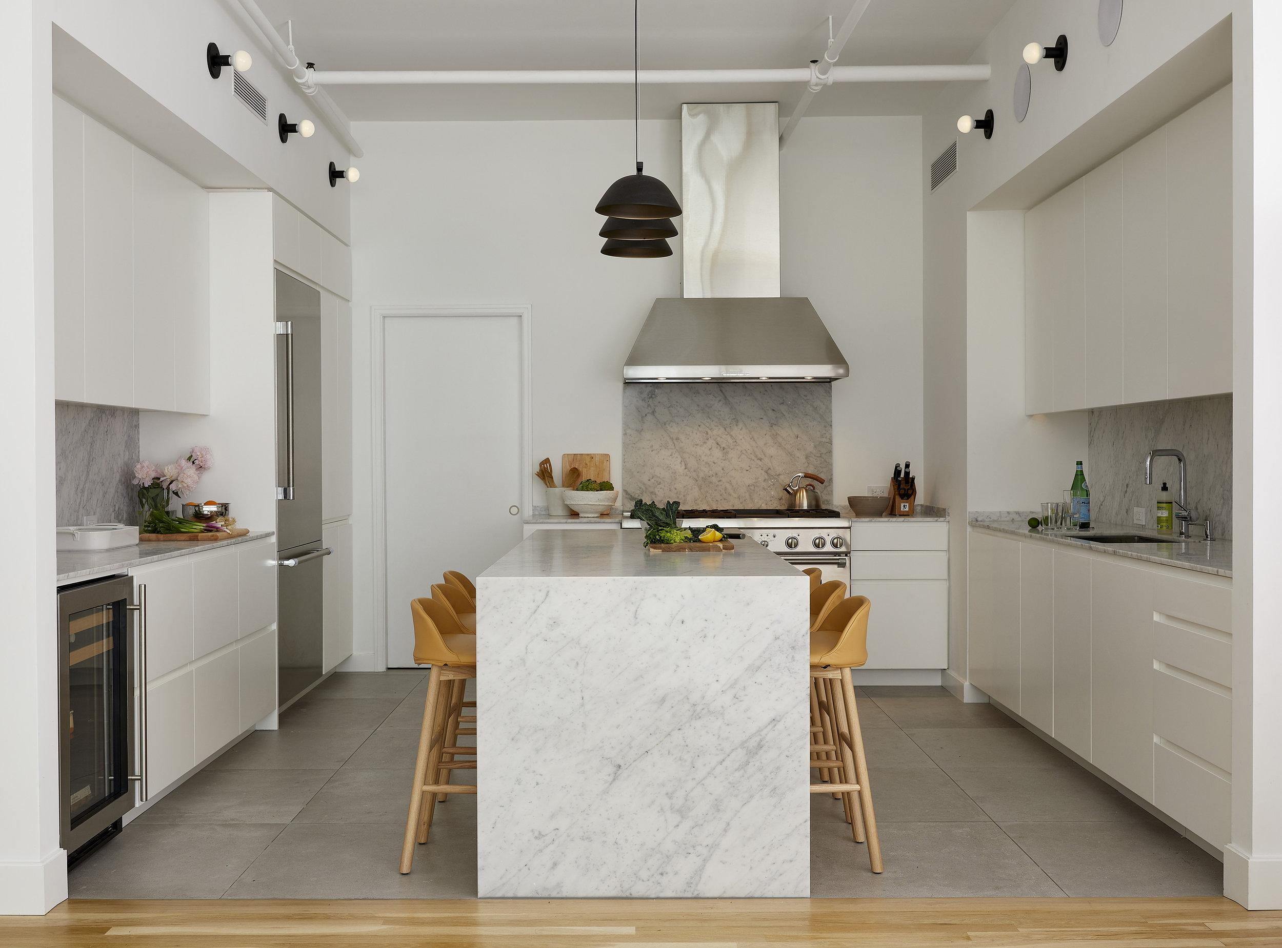 Shadow_Arch Nomad Loft Kitchen1.jpg
