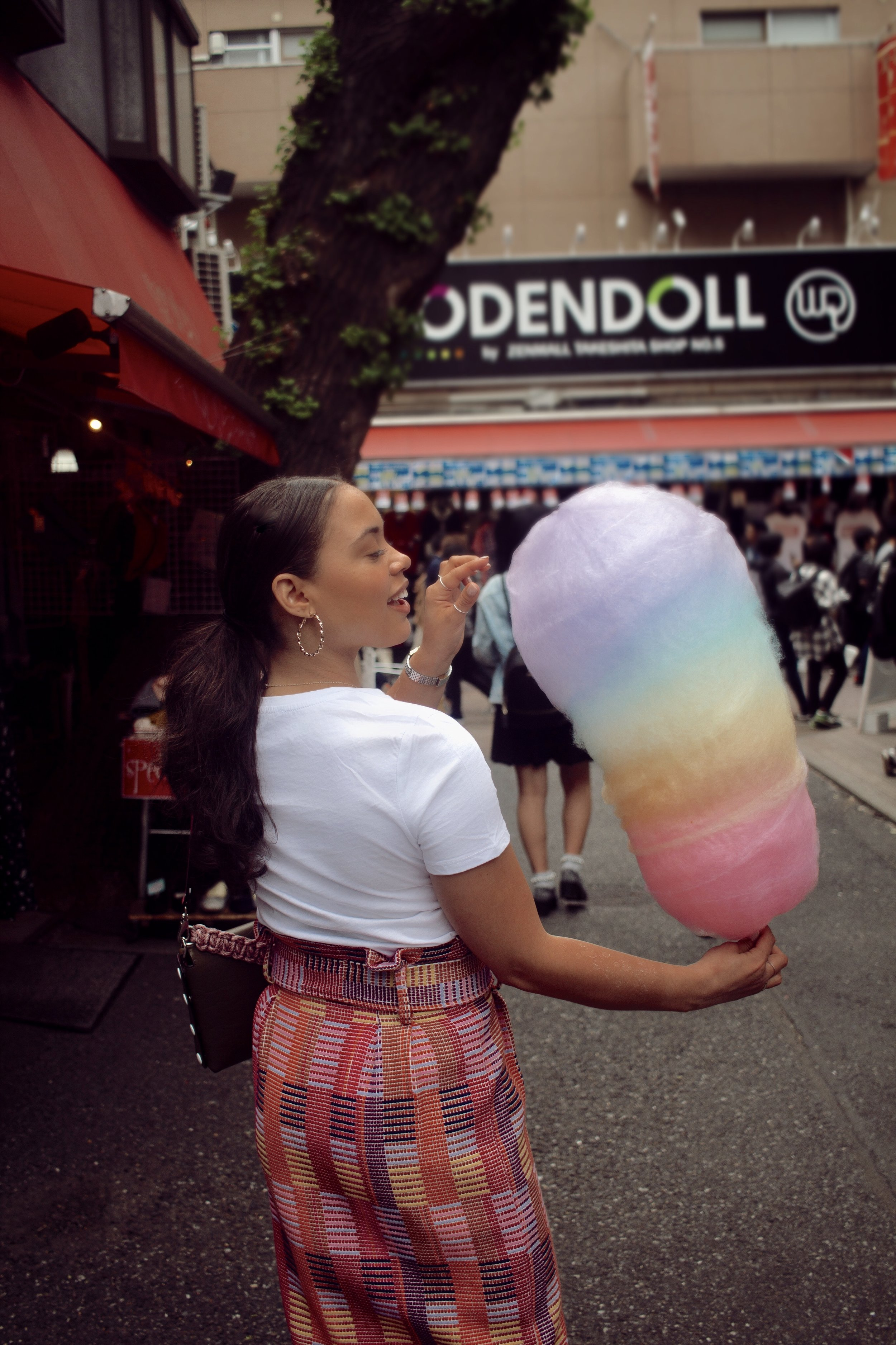 Cotton candy as big as I am