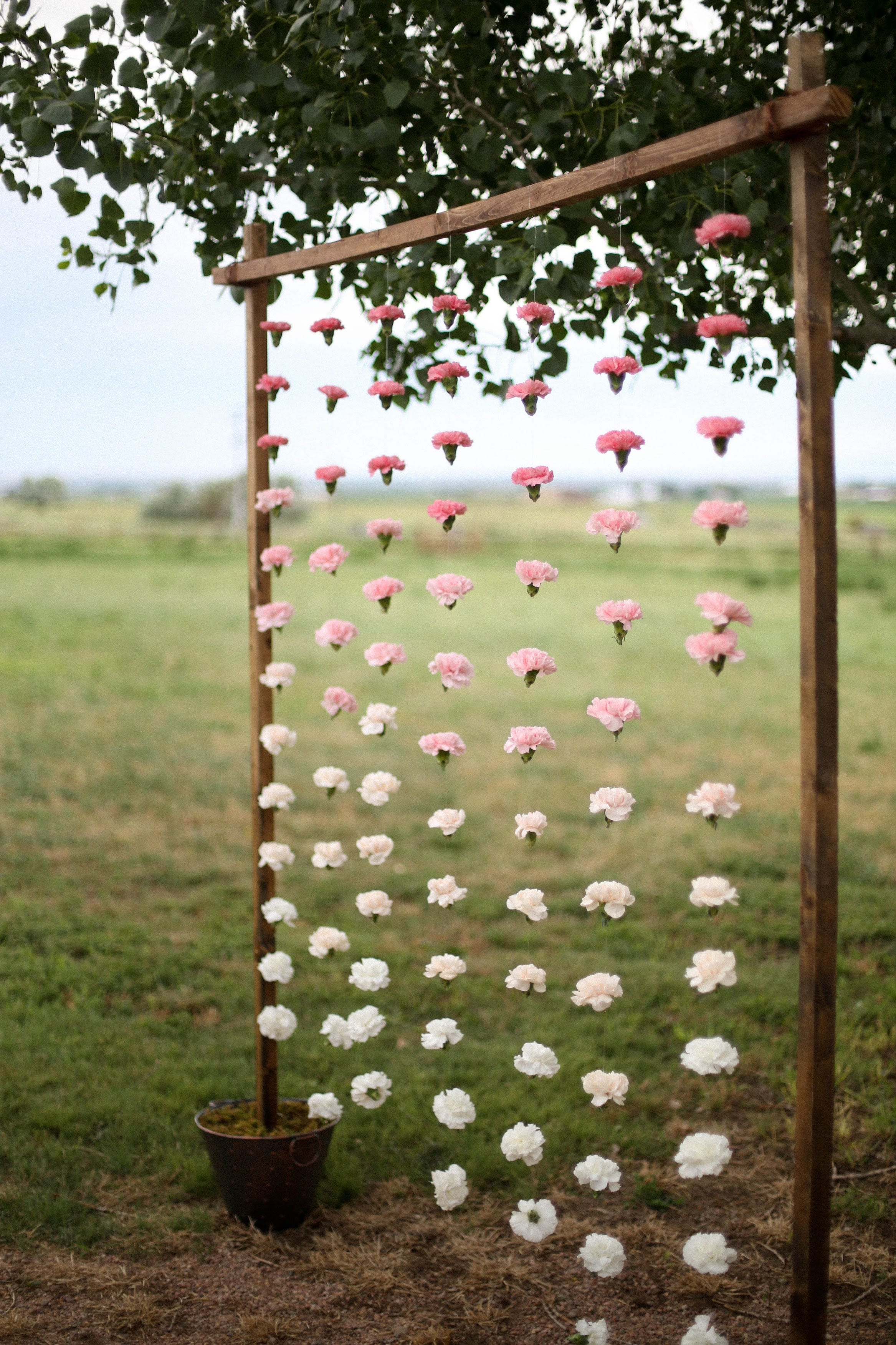 Photo by Jamie Marie Fischer // Floral Design by Lace + Lilies