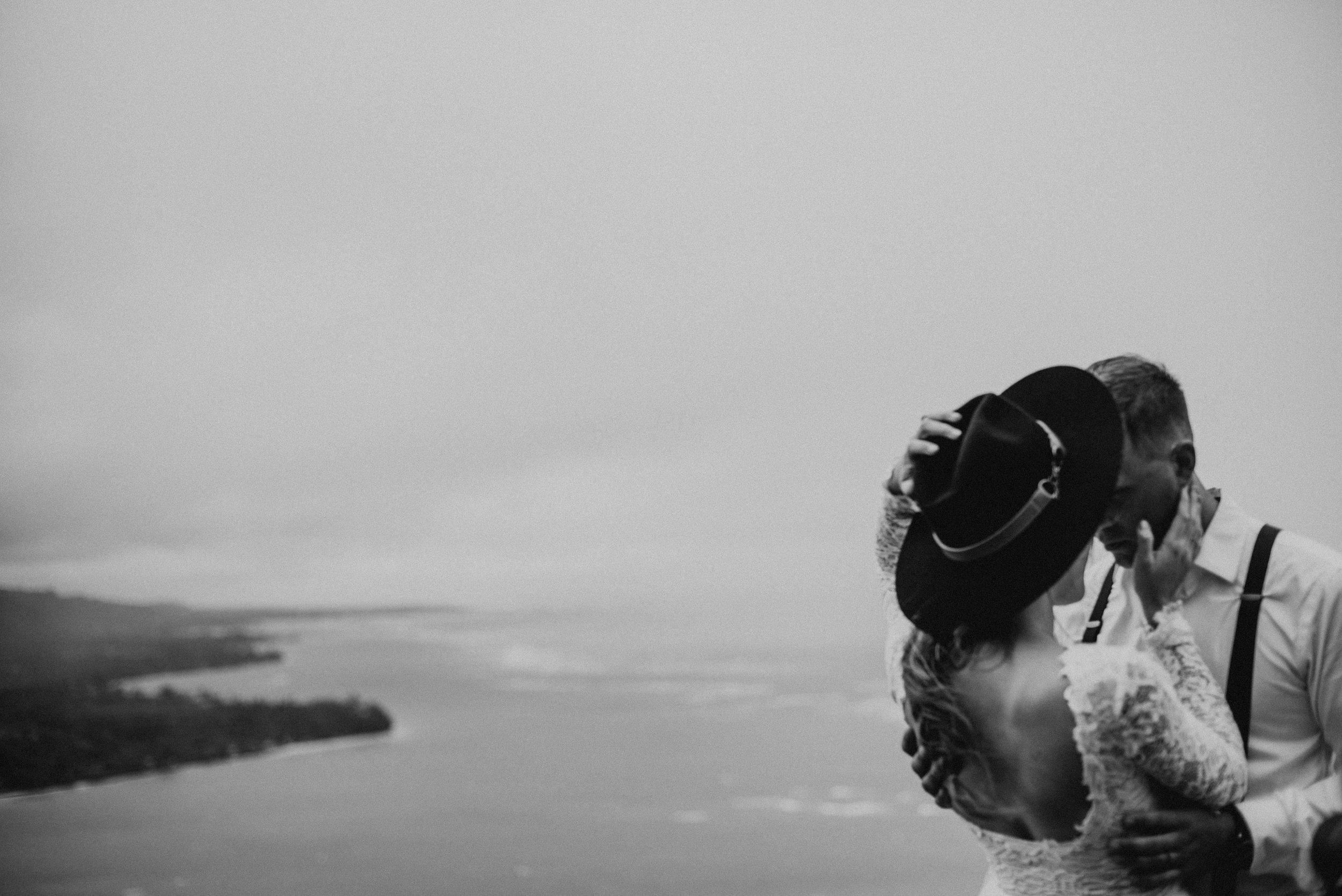 jessicacollinsadventurouselopement+couplesphotographer.jpg