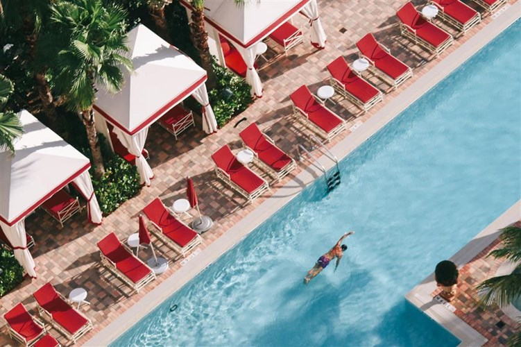 Acqualina_Resort_Miami.jpg