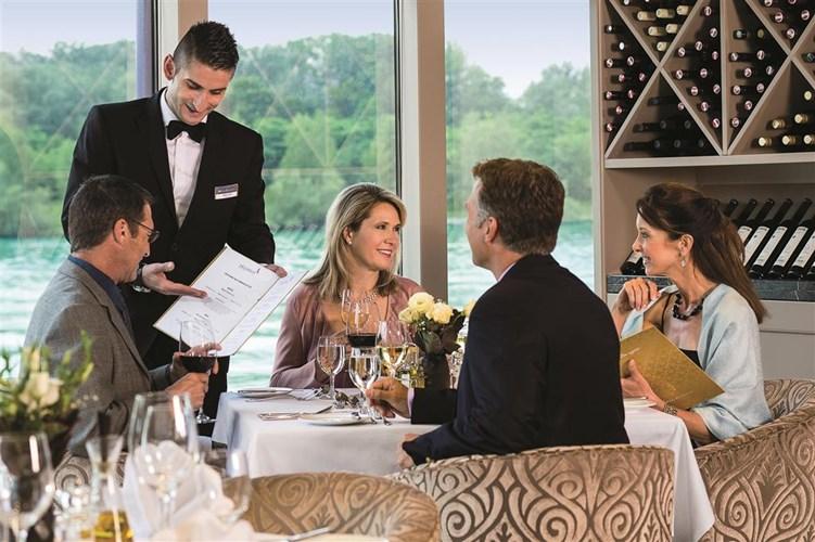AmaWaterways_Chefs_Table.jpg