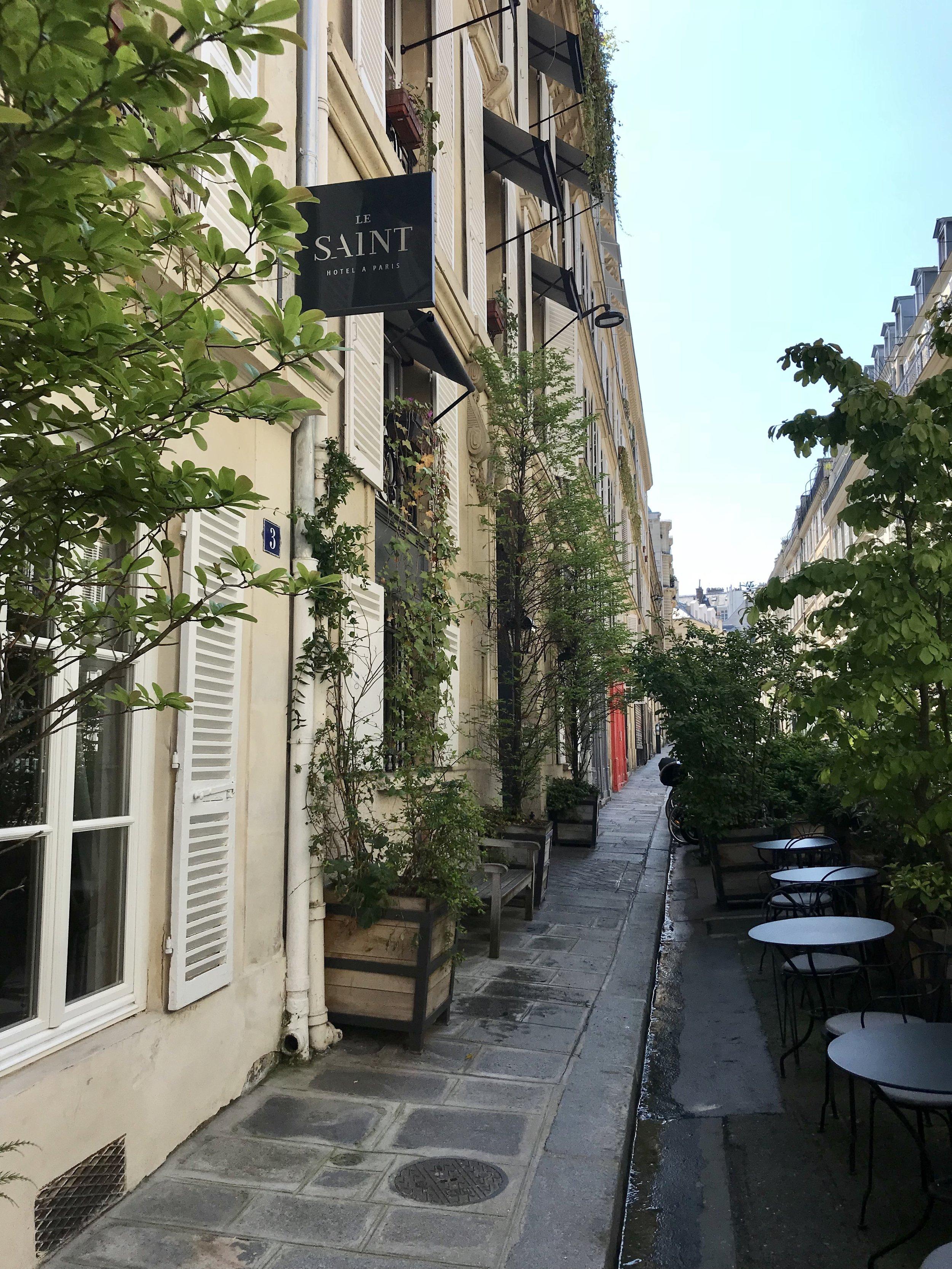 Le Saint Hotel