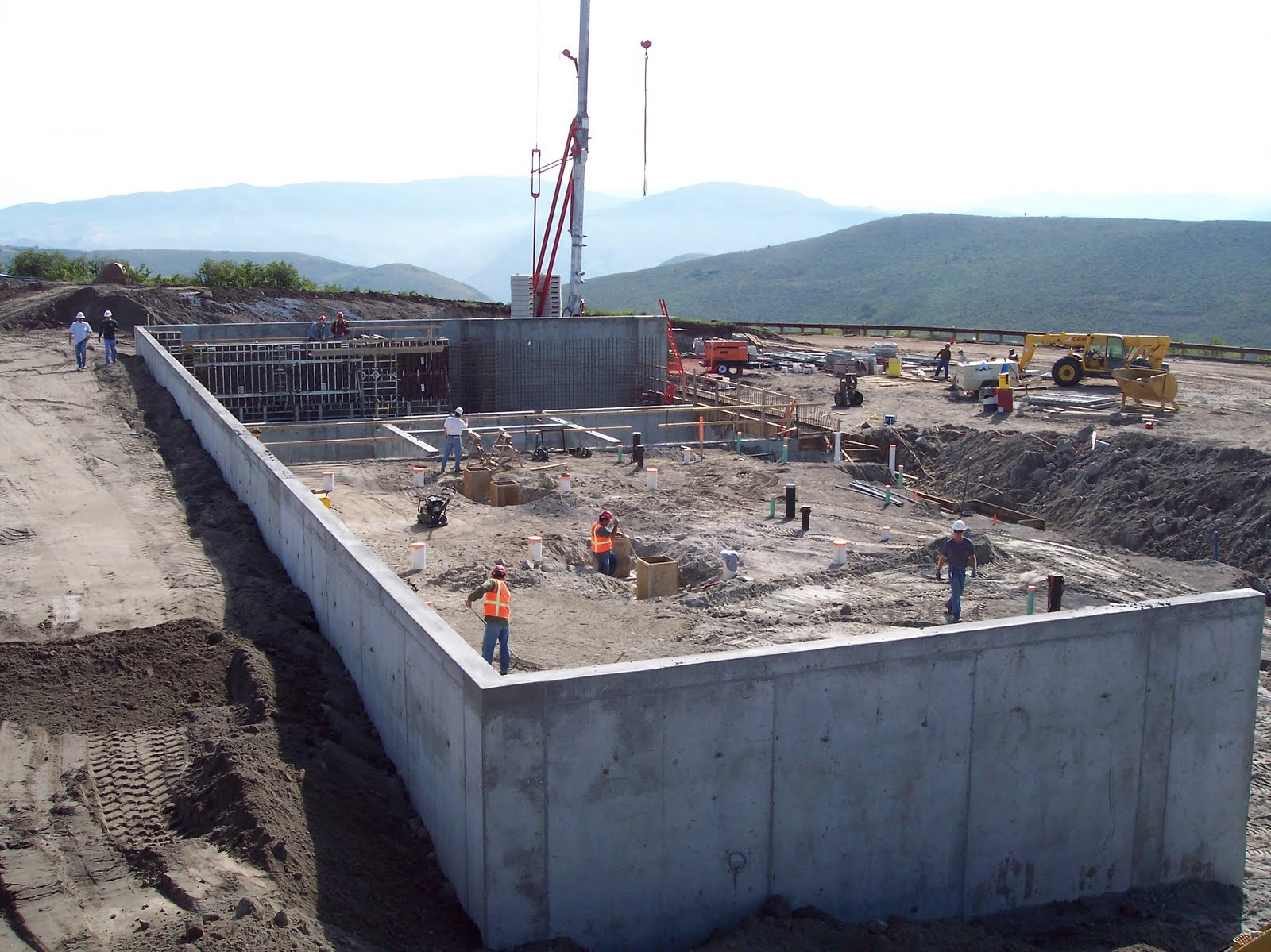 Foundation construction of the Signal Hill Water Treatment Plant.
