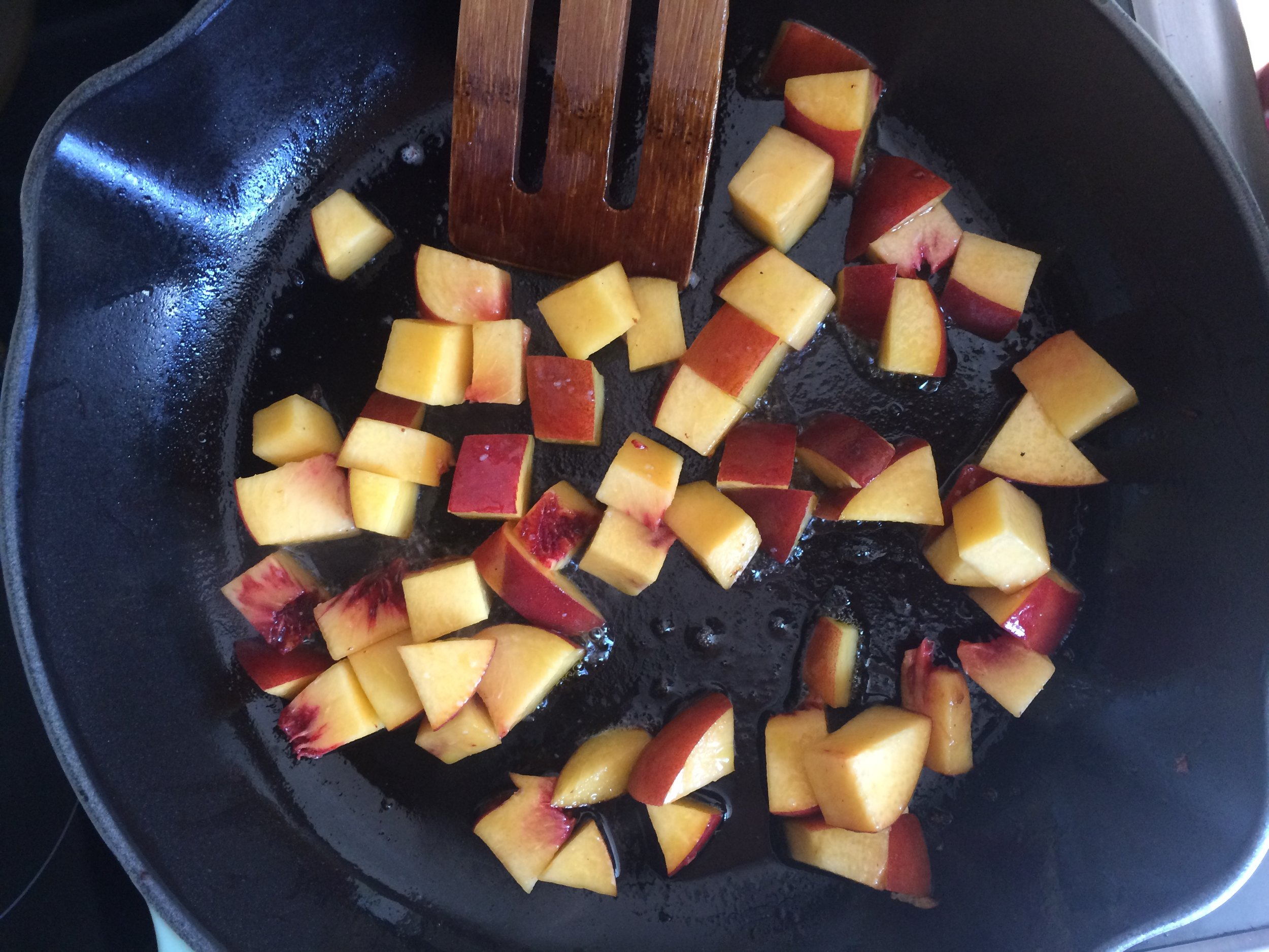 summer peach panzanella || planting my roots