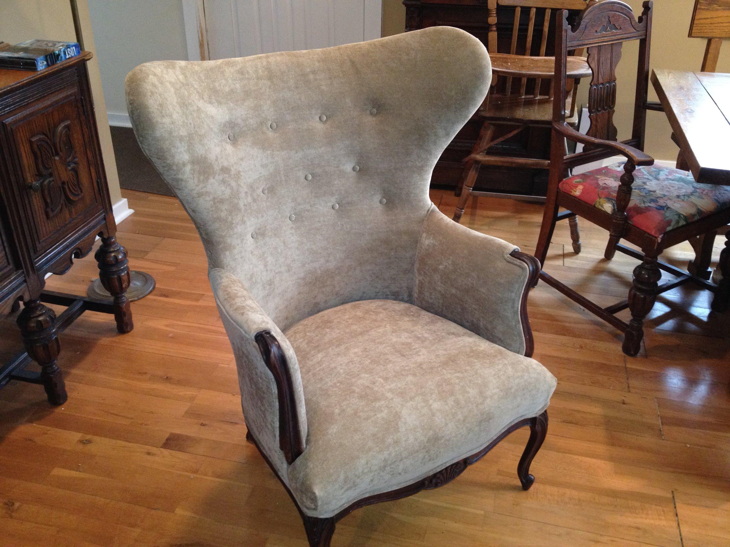 Velvet Button Chair