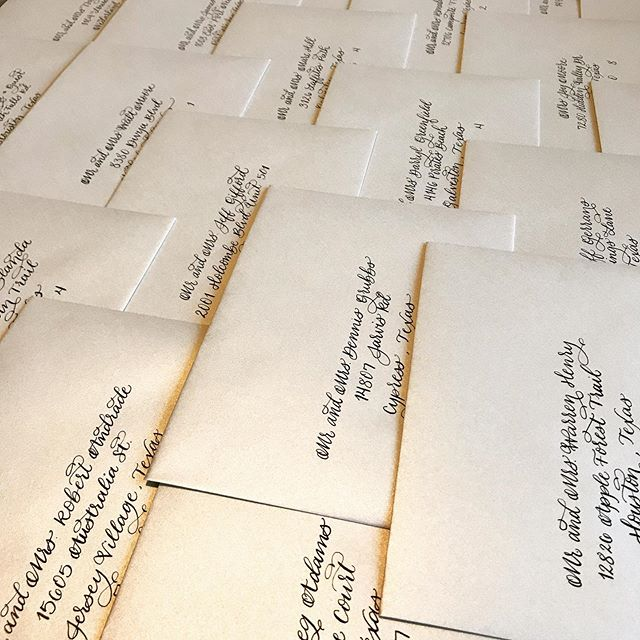 Lots of envelope jobs happening around here. Black ink on gold envelopes is always a classy choice.  I have a hard time getting a good picture of shimmery envelopes. This just doesn't do them justice. • • • • • #houstonenvelopecalligraphy #houstoncalligrapher #houstoncalligraphy #houstonweddingcalligraphy #houstonweddingcalligrapher #houstoneventcalligraphy #houstoneventcalligrapher #envelopecalligraphy #envelopecalligrapher #houstonenvelopecalligrapher