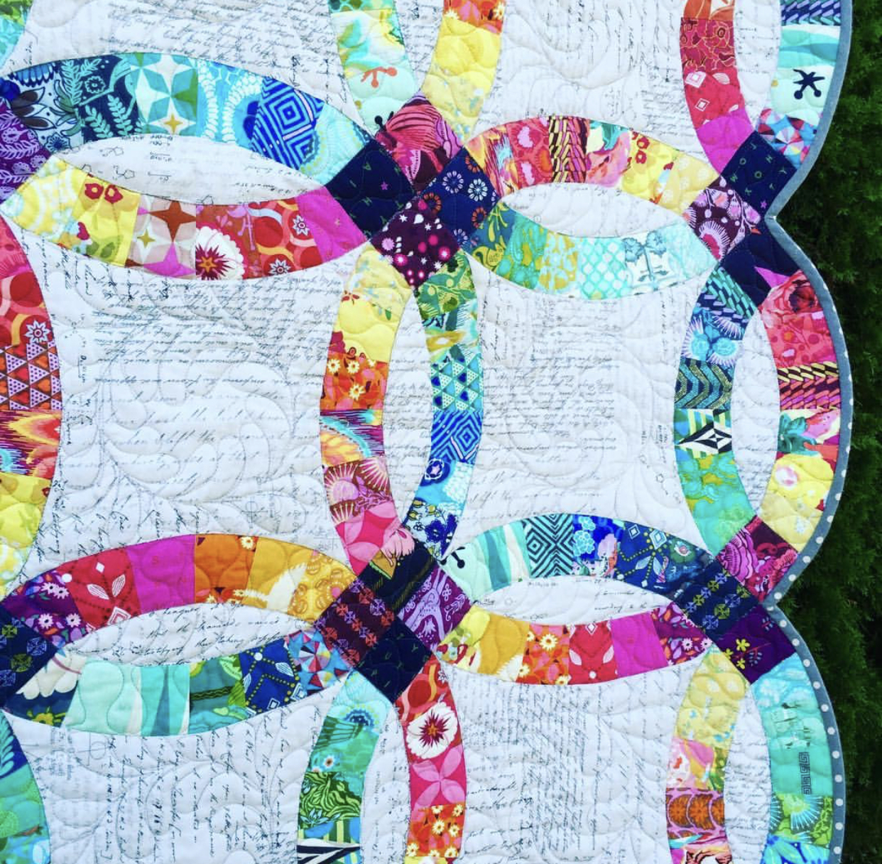 Double Wedding Ring Quilt by Cotton Cuts Brand Ambassador Elaina.jpeg
