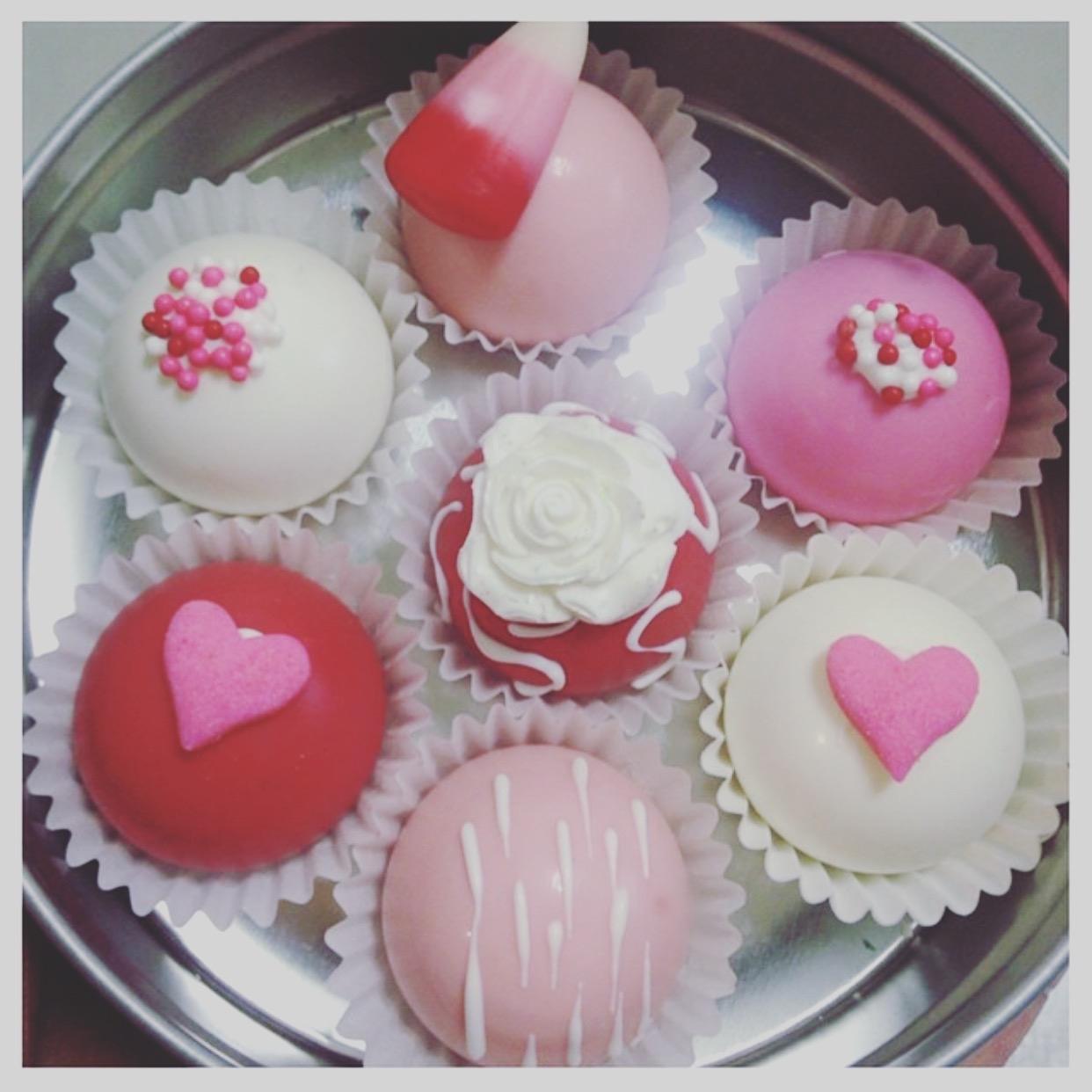 Valentines Cake bites