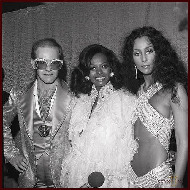 Elton John, Dianna Ross and Cher at the 1976 Rock Awards Show - Studio 54 😍 #eltonjohn #diannaross #cher #1976 #rock #rockstar #awards #studio54 #music #icons #history #disco #dance #party #flashback #tbt #instagood #fashion #vintagefashion #love ❤️