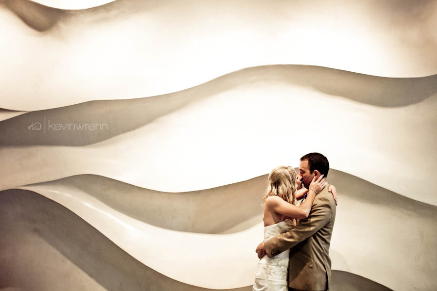Seattle-Aquarium-Wedding-Photography-KKblog-0019.jpg