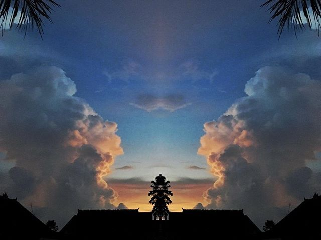 Wisdom keeper. . . . . . .  #baliindonesia #balitravel #travelindonesia #spiritphotography #shamanic #potent #sunsetpics #sunrise_sunset #sunrise #mysterious #mysteriousworld #mirrorpic #mirrored #ascension