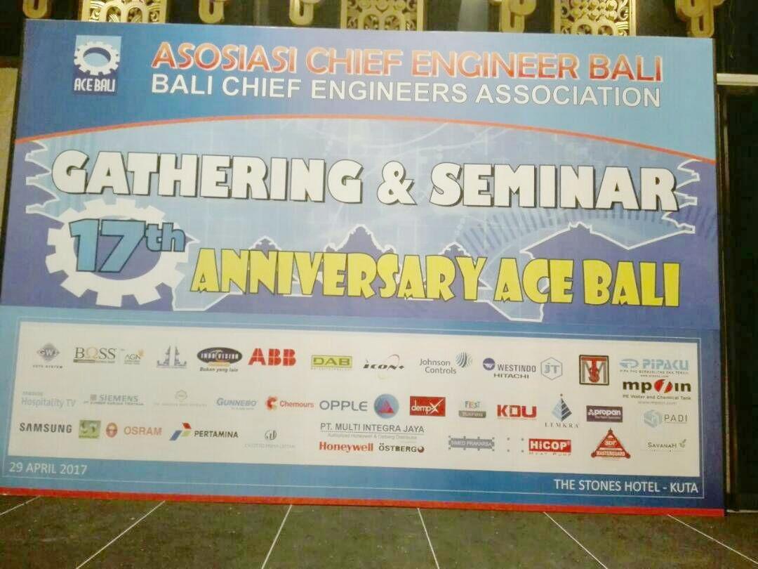 Tangki Air MPOIN berpartisipasi di Pameran ACE Gathering The Stones Hotel Bali 2017. Kami menunjukkan fitur-fitur tangki air MPOIN PLUS dan memperagakan fitur anti bakteri kami yang tuntas membunuh bakteri 99.99% dalam 24 jam.